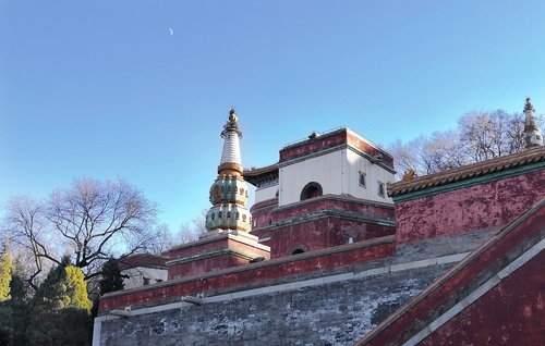 winter  the summer palace  building