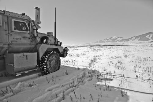 winter army patrol