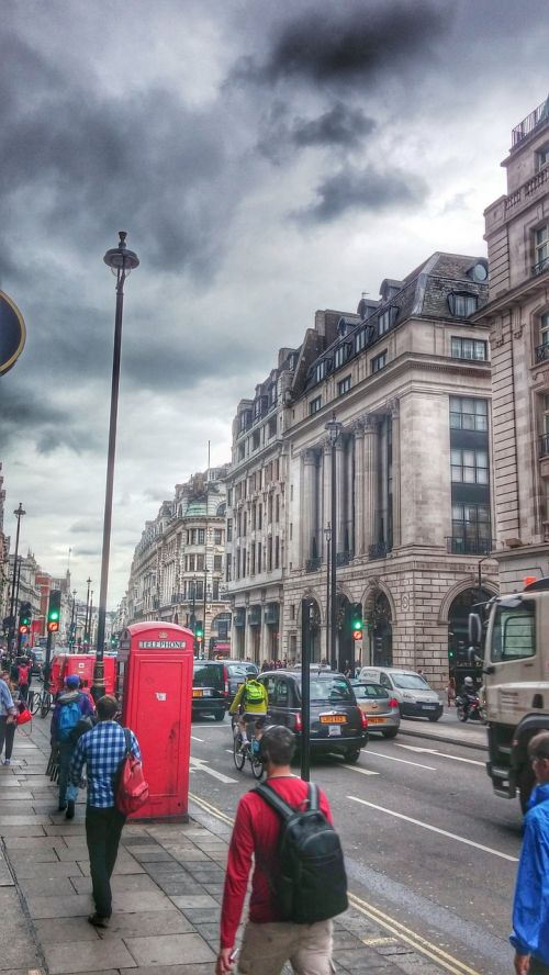 winter london clouds