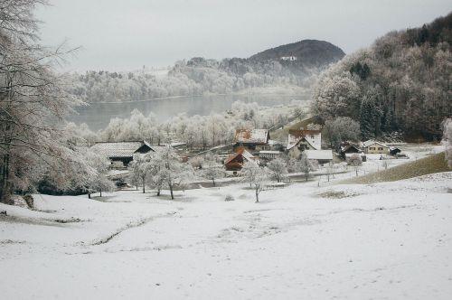 winter home snow
