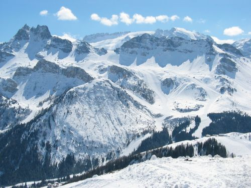 winter skis the dolomites