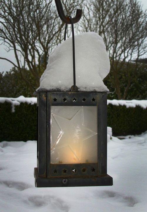 winter snow lantern