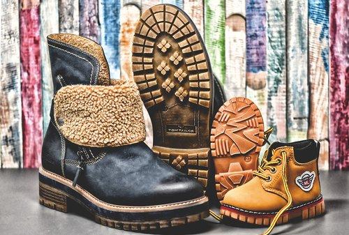 winter boots  shoes  children's shoes