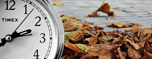žiemos laikas,laikrodis,laiko konversija,laikas,laikas nurodant,Žadintuvas,uhrumstellung,ruduo,žiema,laikrodžio veidas,laikas,žiemos laikas keičiasi