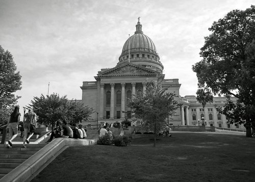 wisconsin state capitol building  capitol  building