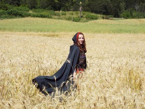 witch fantasy crow
