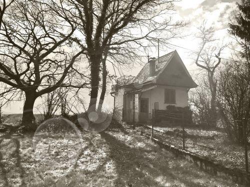 witch's house tübingen back light