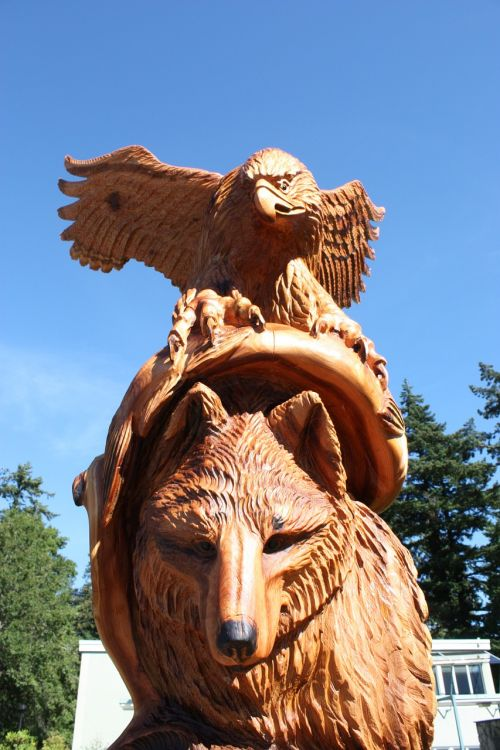 wolf chainsaw wood carvings hope