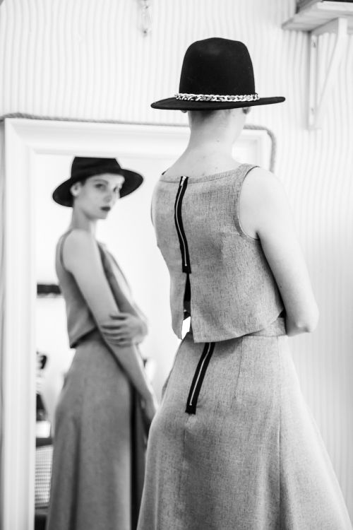 woman,girl,model,portrait,female,lady,person,mirror,studio,showroom,boutique,show,try,clothes,fashion,people,young,lifestyle,model woman,happy woman,caucasian,women fashion,fun,attractive,leisure,fashion models,fashion woman,fashion girl,women,fashion lady,hat,acceccorise,glamour,sensual,posing