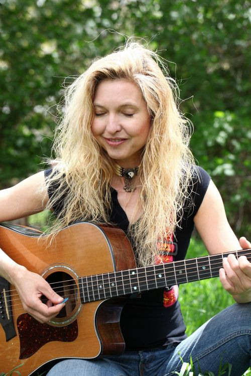 woman guitar music