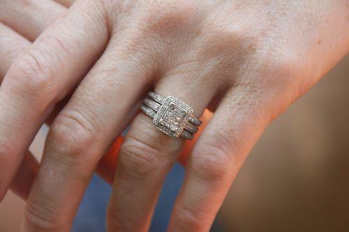 woman hands wedding