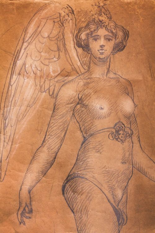 woman breasts justitia