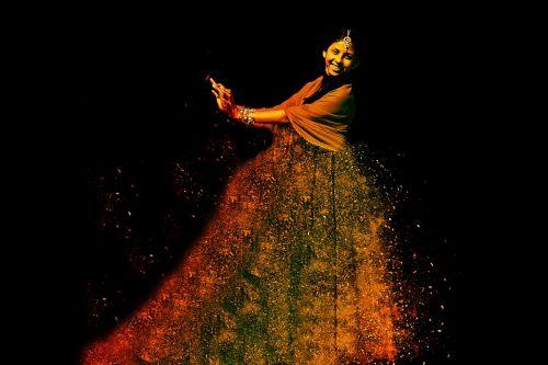 woman dance dynamics