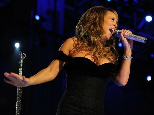 woman mariah carey singer