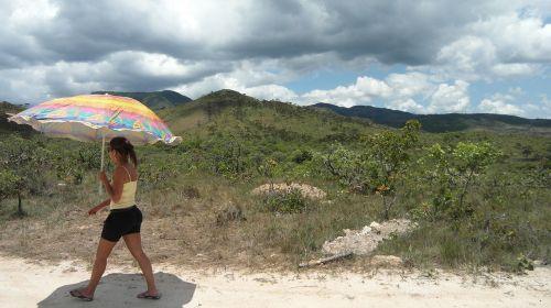 woman parasol heiss