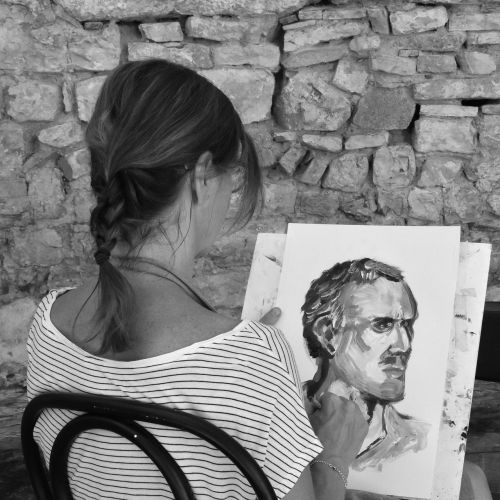 woman signs painting