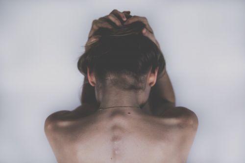 moteris,mergaitė,Lady,žmonės,kūnas,anatomija,rankos,galva,stuburo,pečiai,atgal,nape,plaukai,oda,menas