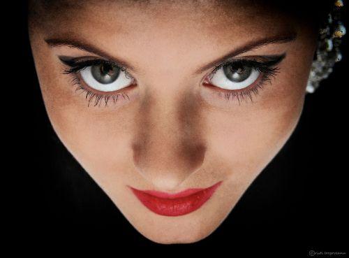 woman girl eye