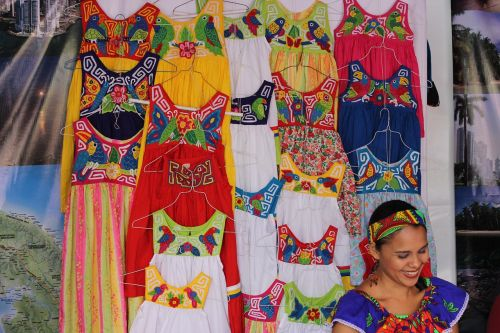 women traditional tipicios costumes