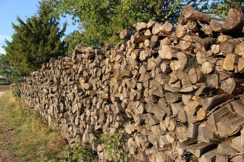 wood woodpile heating
