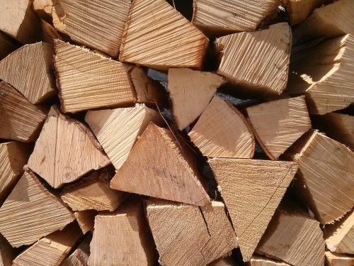 wood heating logs