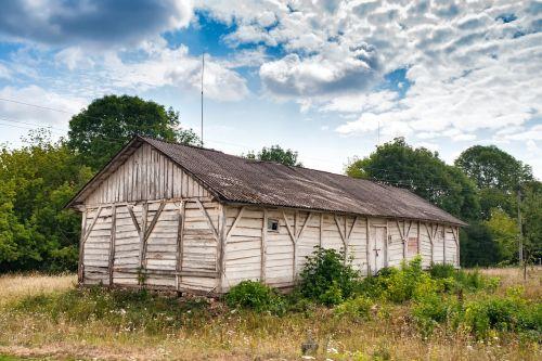 wood barn chortkiv