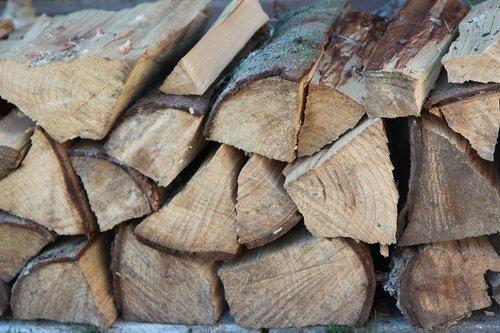 wood  log  heating