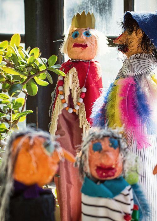 wood dolls dolls social