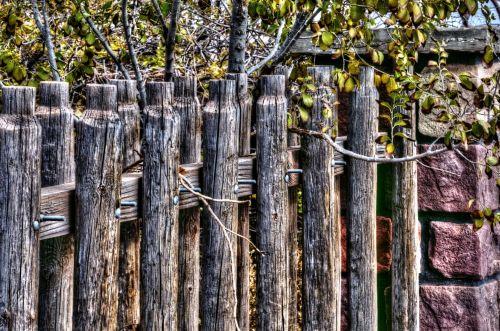 Wood Post Fence