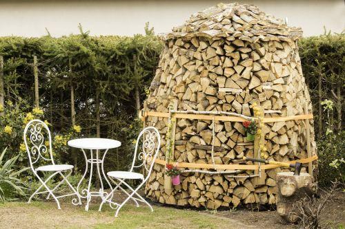 wood rent still life holzstapel
