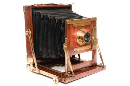 wooden camera field