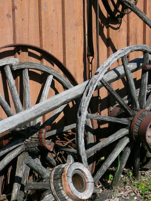 wooden tires steinbach