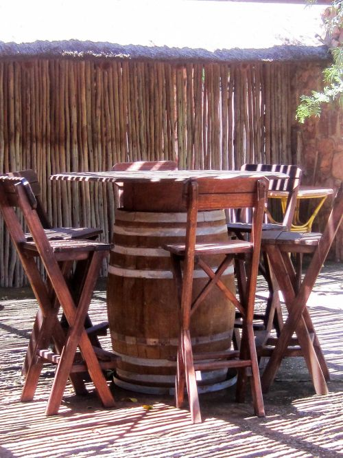 Wooden Barrel Table With Chairs