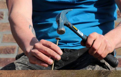 wooden board larch screw