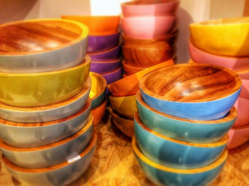 wooden bowl wood color