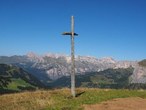 wooden cross cross sella pass