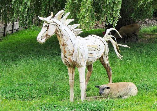 wooden horse horse sheep