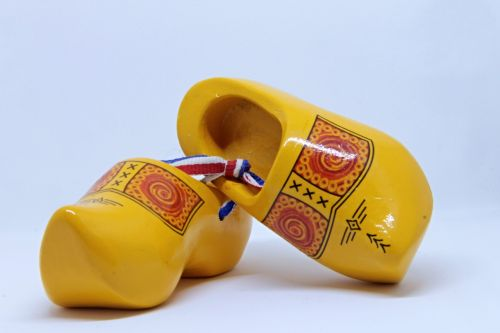 wooden shoes clogs netherlands