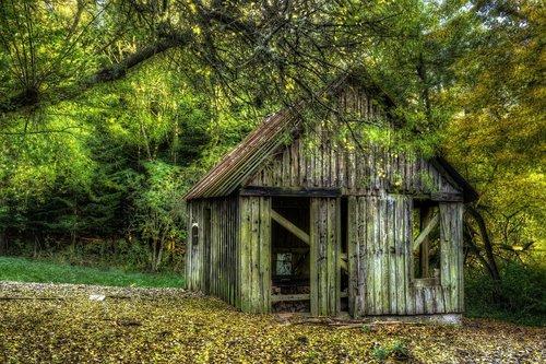 woodshed  lack of maintenance  worn