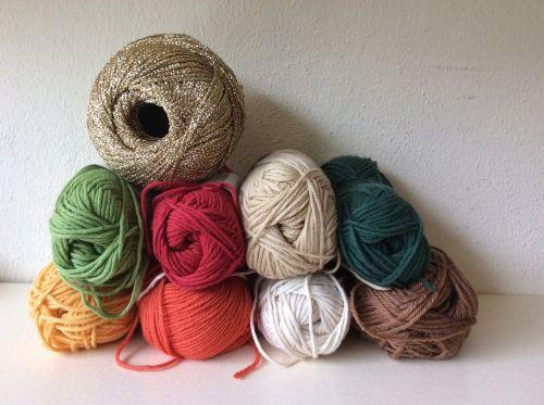 wool balls of wool colors