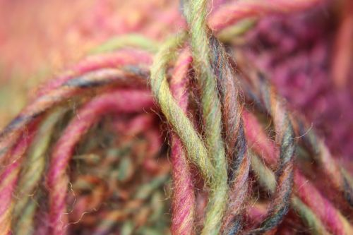 wool threads yarn