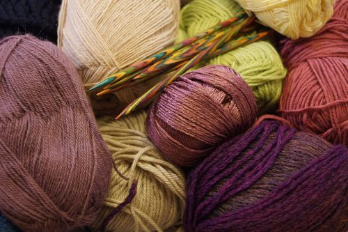 wool knitting needles needle play