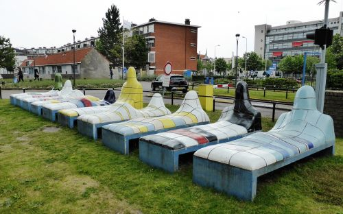 work of art beds hospital