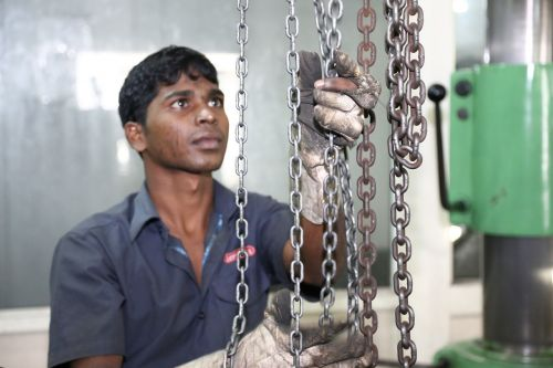 worker industrial machines