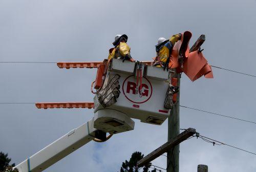 workers men linesmen