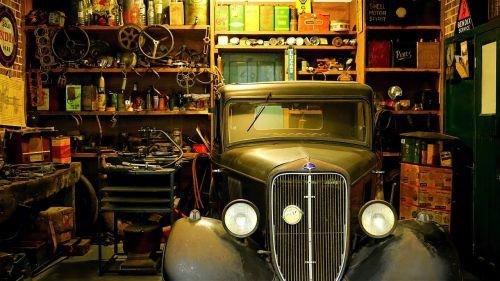 workshop garage mechanic