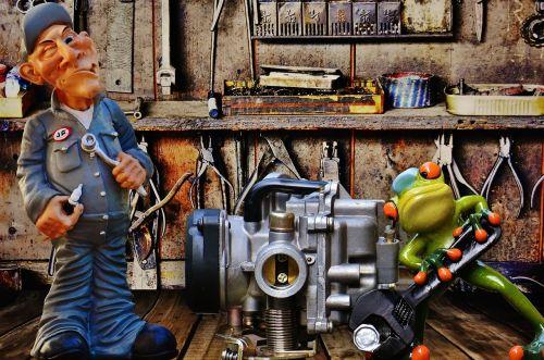 workshop mechanic colleagues