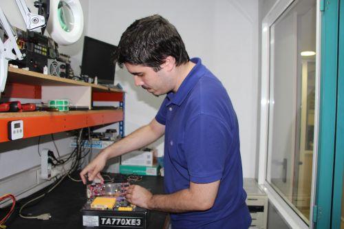 workshop hardware classroom