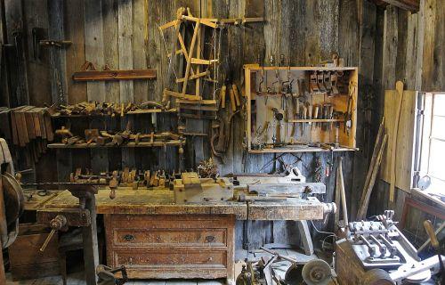 workshop tools equipment