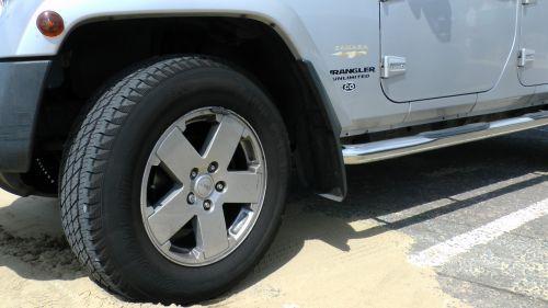Wrangler Sahara Jeep Front Wheel